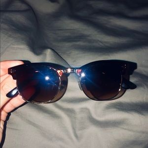Cat eye sunglasses in perfect condition